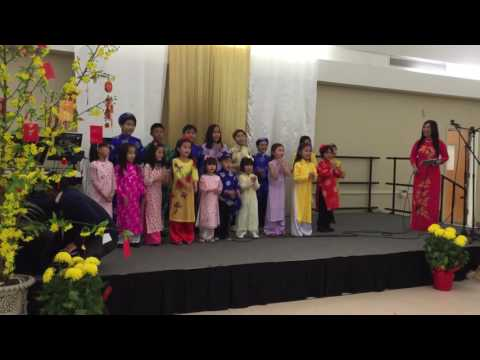 Angelina sing Vietnamese song in group at church for VN New Year 2016