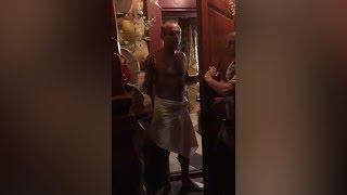 Жена Глушакова застала его в сауне