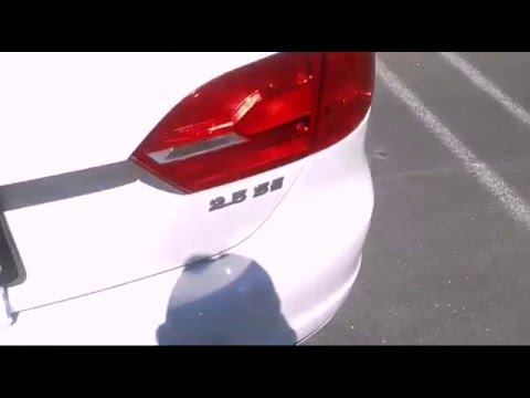 2017 Getta Tail Light Reverse Replacement