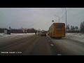 В Цигломене автобус чуть не сбил двух пешеходов.