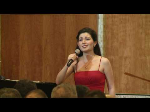 Edgar Hovhannisyan Yervan Erepouni / Yerevan Tartsadz Im Erepouni / soprano Lynn Anoush Isnar