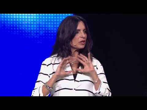 Lisa Bevere - The Power Of Love In Marriage
