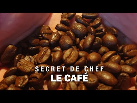 LE CAFE by Irwin Durand
