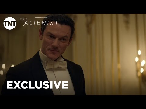 the-alienist:-a-tale-of-burns,-sass,-&-insults-[exclusive]-|-tnt