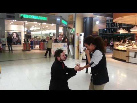 Heiratsantrag für meinen Schatz Ebru im E-Center Wolfenbüttel