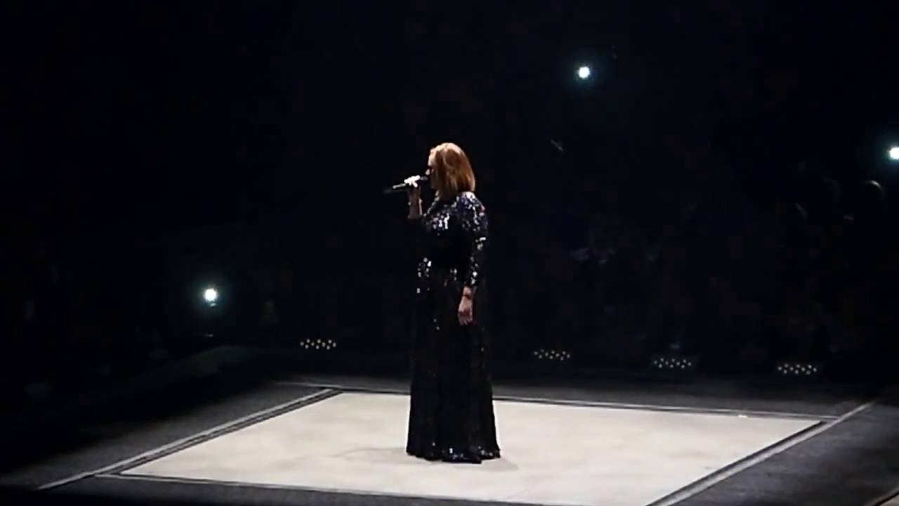 "Adele ""Someone Like You"" at TD Garden, Boston, 09/15/16"