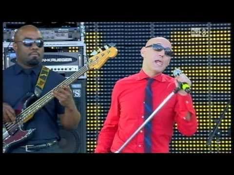 G.Palma&theBluebeaters - Tutta mia la città-Nuvole rosa 1/5/2011