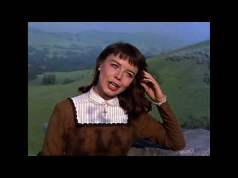 Darby O'Gill castle scene - Janet Munro and Sean Connery Mp3