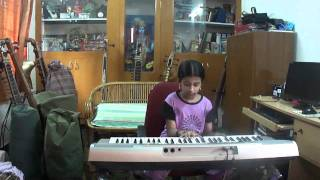 "S.Bharuni,playing ""Madurai MANI"" Notes in keyboard,Nanganallur Music school, srisainatyalayam."
