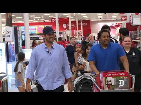 Tony Romo surprises Dallas Target shoppers with Father's Day gifts