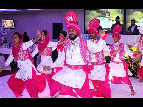 Bhangra and Giddha Dancers   UK Dancers for Hire