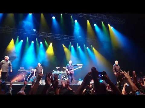 OMD Enola Gay (live) México City 2017 Pepsi Center WTC