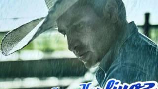 Julión Alvarez y Su Norteño Banda -  Afuera Está Lloviendo (Estreno 2016)