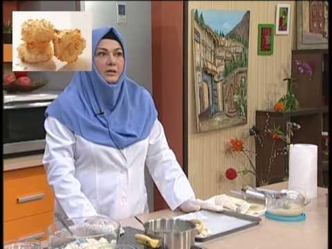کیک شربتی خانم گل آور شیرینی قرابیه shirini ghorabiyeh/qurabiya | Doovi