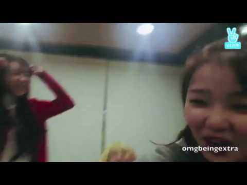 oh my girl mimi contagious laugh
