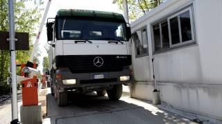 Automazione Pesatura Ingresso 2 Camion LogisDiade.MOV