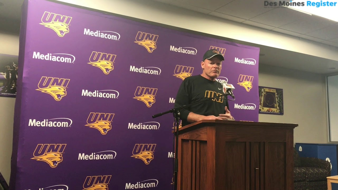 Mark Farley addresses UNI's quarterback situation ahead of the trip to  Kinnick