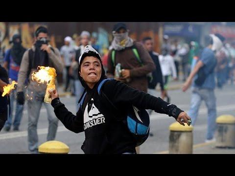 Violence flares once more in Venezuela