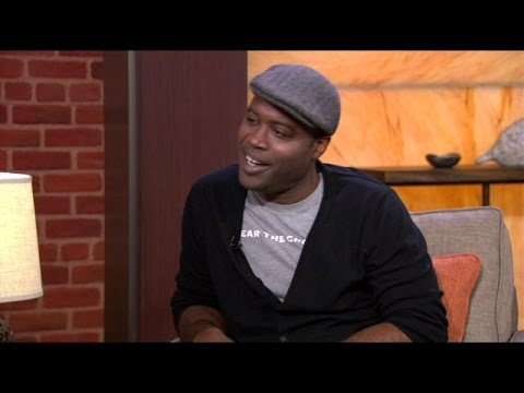 Kevin Daniels Talks About His s 'Sirens & Modern Family'