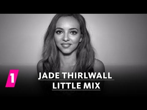 Jade Thirlwall von Little Mix im 1LIVE Fragenhagel | 1LIVE (mit Untertiteln)