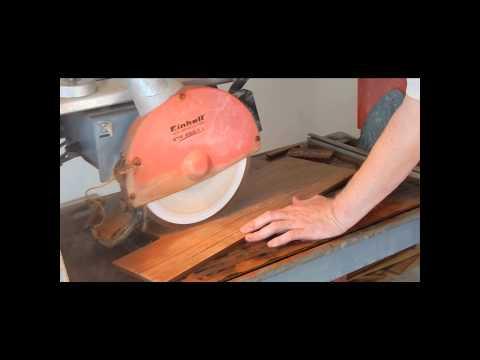 Укладка напольной плитки в душевой комнате