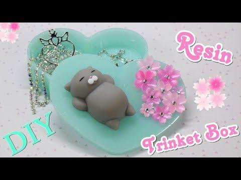 Watch Me Resin: DIY Resin Trinket Box | Resin Tutorial | Sophie & Toffee Elves Box