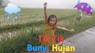 Tik Tik Bunyi Hujan    Lagu Anak Indonesia Populer    Main Hujan Hujanan