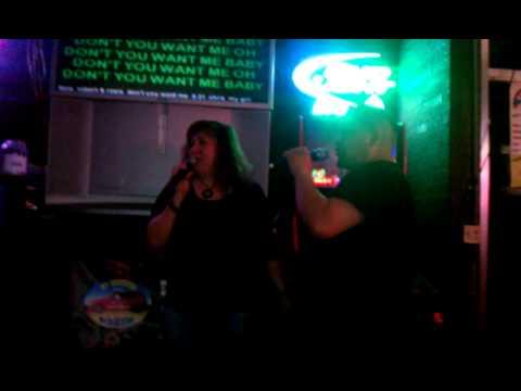 Rosie & Robert - Don't You Want Me (Karaoke)