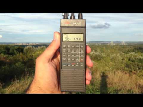 AOR AR1500 communications receiver listening to Radio China International 13760 kHz