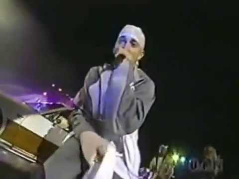 D12  - Live at The Source Awards  (2001)