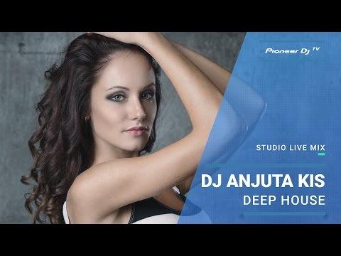 DJ Anjuta Kis /deep house/ @ Pioneer DJ TV   Moscow