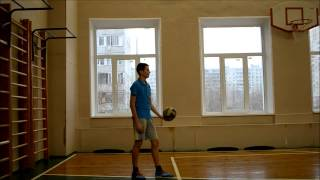 Верхняя прямая подача мяча в волейболе