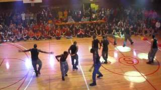 Simpson College Yell Like Hell 2008-Broke Fi Broke