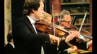 Bach Brandenburg Concerto No.3 in G major, BWV 1048 mvt1 Allegro moderato  D°,N Harnoncourt