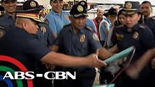 TV Patrol: Dela Rosa, napatakbo palayo sa inakalang umusok na paputok