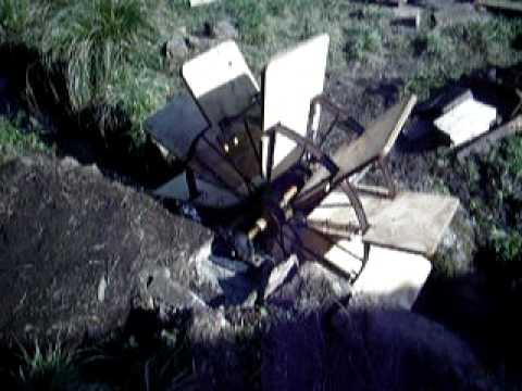 Comment fabriquer une turbine eau bricozer doovi - Fabriquer une horloge a eau ...