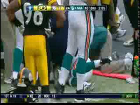 Pat White Knocked Out by Ike Taylor - Dolphins Vs. Steelers - January 3, 2010