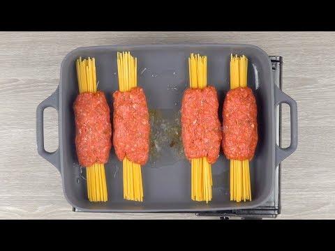 mettez-les-spaghettis-dans-la-viande-hachée-et-mettez-le-tout-au-four-pendant-30-minutes