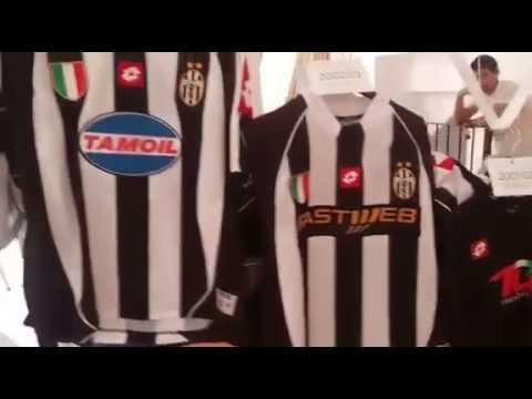 Vallo della Lucania, collezione maglie Juventus di Nello Cerbone