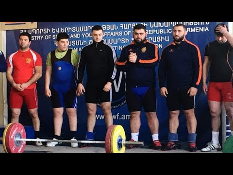 Сборная Армении по тяжелой атлетике вернулась в Ереван