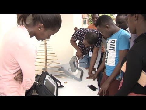 RWANDA'S RADIO TECHNICIANS ACQUIRE SKILLS
