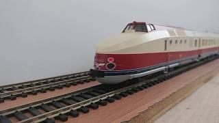 Modellbahn H0 Baureihe VT 18.16 Kato 73319 + 73320 BR VT 18.16 05 + 04 + 03 der DR im Einsatz