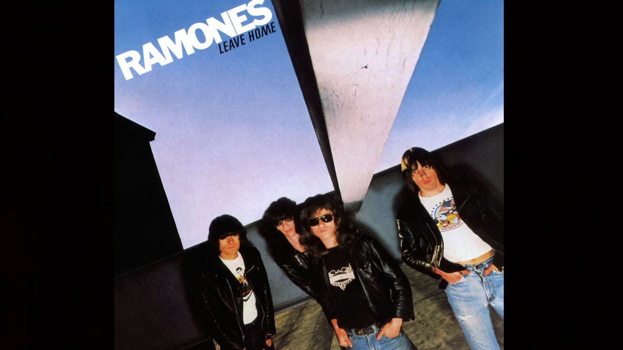 Download RAMONES - You're Gonna Kill That Girl