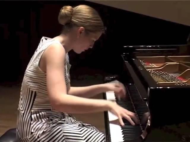 Cathy Krier Henri Dutilleux: Sonate pour piano
