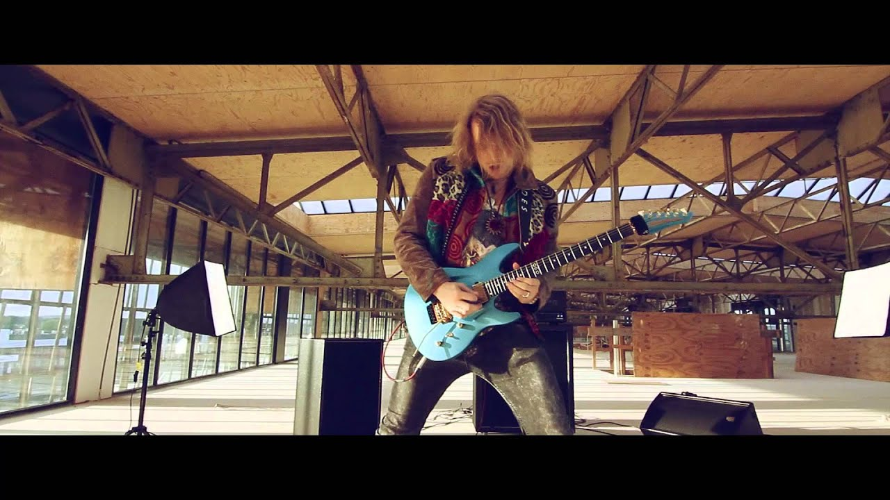 aristides instruments launches 060 guitar and music video featuring timo somers guitarworld [ 1280 x 720 Pixel ]