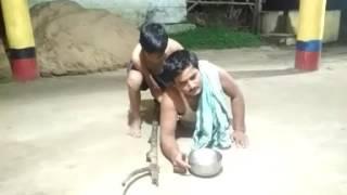 Bhika mu magile thala bhangi jae(Jala and Aman)