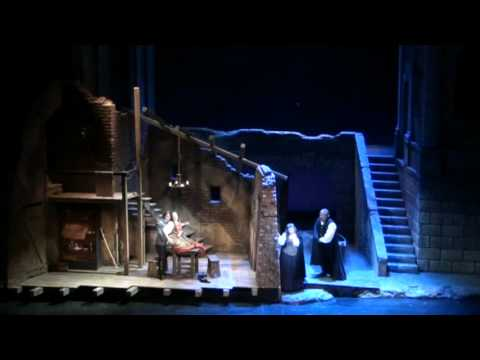 Eavesdropping on seduction in Pittsburgh Opera's RIGOLETTO.mpg