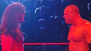 """Kane"" shows up to Raw: Raw, May 29, 2006"
