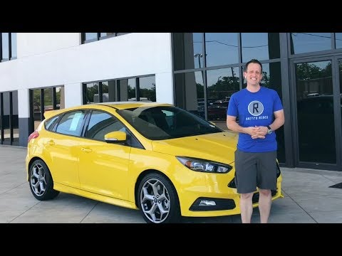 SHOULD you buy the FINAL YEAR? 2018 Ford Focus ST 3 - Raiti's Rides