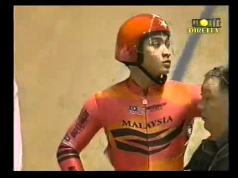 "video untuk azizul hasni awang ""the pocket rocket man"""